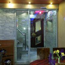 درب اتوماتیک شیشه ای کشویی رستوران کولاک