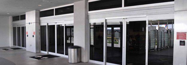مزایای استفاده از درب اتوماتیک شیشه ای